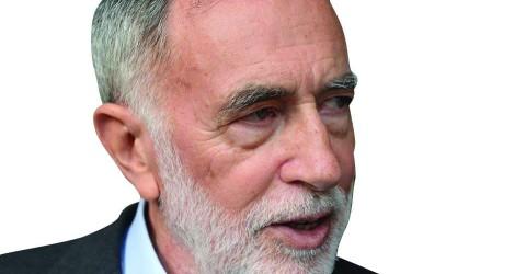 João Abel de Freitas, EconomistaJoão Abel de Freitas, Economista